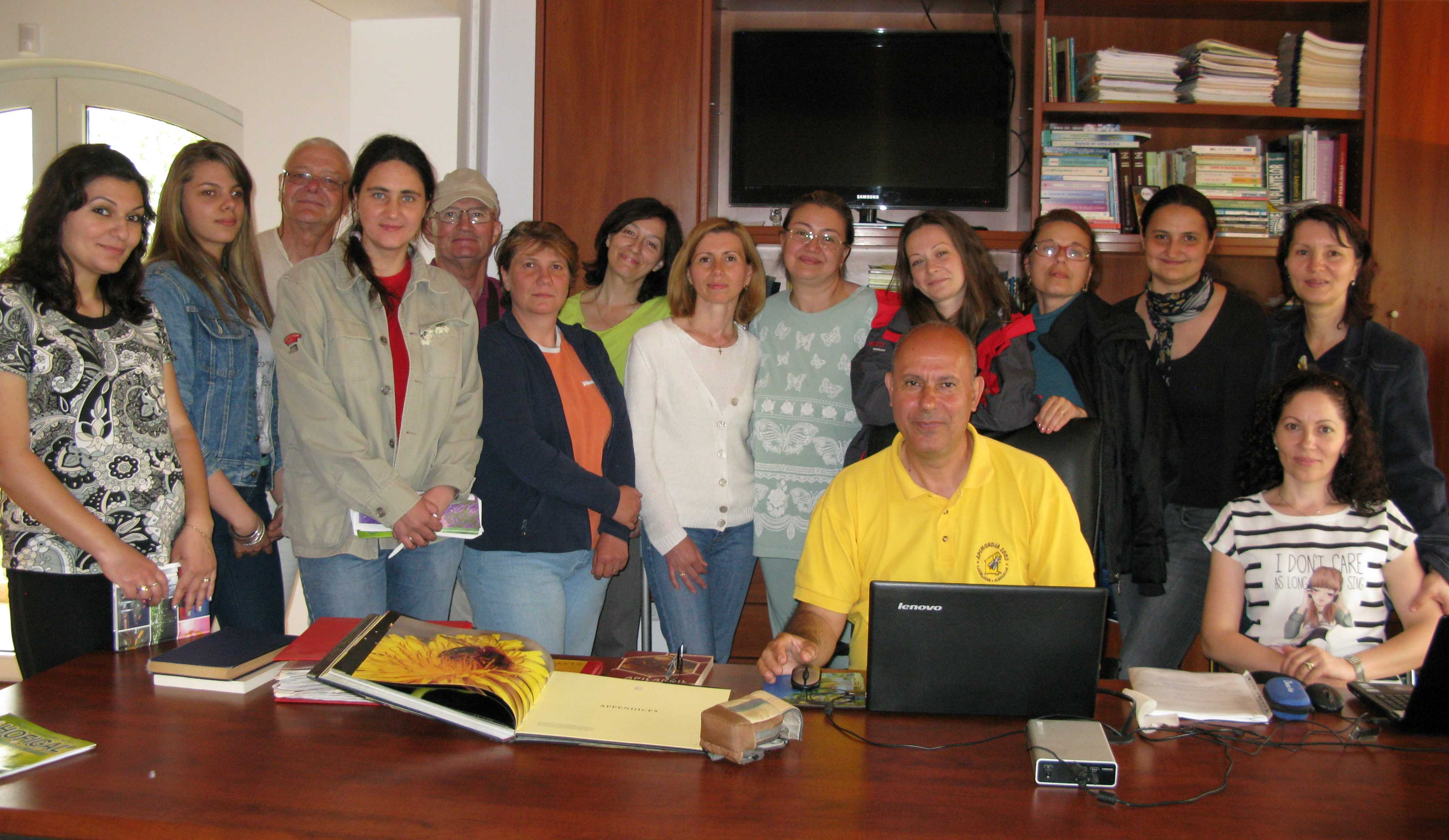 Grup Api-fito la Mereni, iunie 2015